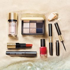 Planning your escape? Our Dreaming of Capri collection offers getaway perfect glowing skin, a dash of navy liner and la dolce vita eyes and lips. #bobbibrown