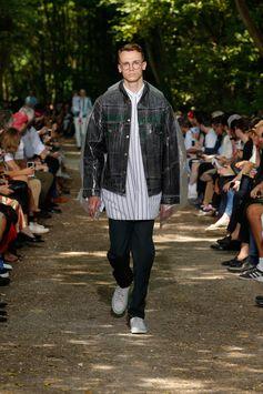 Balenciaga Men Spring Summer 18  Look 53