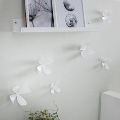 Fleurs du mur blanche - décoration murale