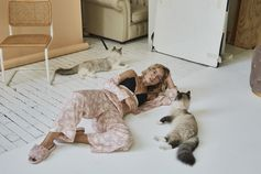 Fur real, @stephaniebroek looks silky as a kitty in pyjama and bra from the Love Stories x H&M collection. 📸 : @vivianhoorn  #HM #HMxMe #regram @stephaniebroek