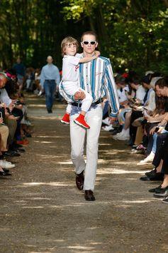 Balenciaga Men Spring Summer 18  Look 55