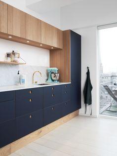 Cuisine bleu foncé // blog.interieuressentiel.com // #decoration#cuisine#interieur#interieuressentiel
