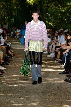 Balenciaga Men Spring Summer 18  Look 33