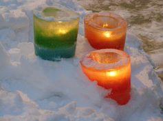 DIY ice lanterns.