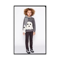 Spotted: Paranormal activity on chunky knits and accessories ....just in time for #Stellaween.