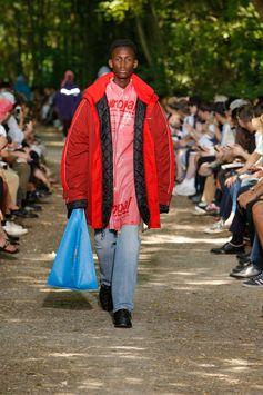 Balenciaga Men Spring Summer 18  Look 40