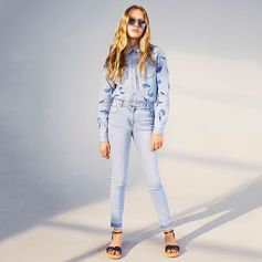 Double denims rocks! #StellaKids style it out in light wash denim jeans and shirts featuring our seasonal shell prints.