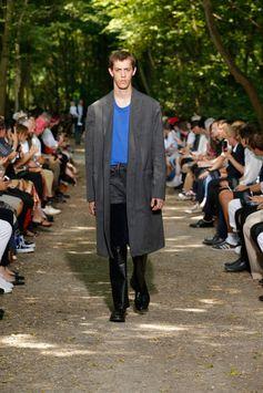 Balenciaga Men Spring Summer 18  Look 21