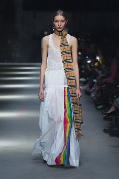 Silicone lace vest with a rainbow stripe maxi skirt and The Link bag in 1983 check #BurberryShow #LFW