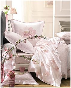 sweet bed shabby in pink pastel