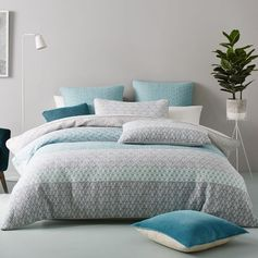 Genevieve Quilt Cover Teal
