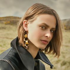 It's in the details. Think statement gold jewellery to compliment workwear inspired shapes in #SkinFreeSkin.