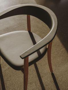 Belle chair by Naoto Fukasawa. Photo credits: Salva Lopez #naotofukasawa #bulltable #bellechair #bebitalia #furnituredesign