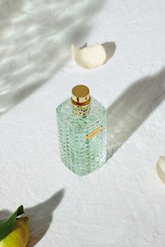 Valentino Donna Rosa Verde steps into the verdant garden of an Italian  palace, taking us on an early morning walk through its lush canopies  of vegetation and secret hideaways, past mystical fountains and clear  pools of water, dappled with sparkling sunlight.