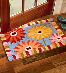 Colorful- Washable Hand-Hooked Polyester Gerber Daisy Accent Rug