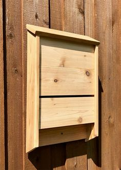 This single chamber bat house by The Rustic Birdhouse, is made from 100% cedar, with the roof sloped to aid in water runoff. #BatHouse #BatBox #BatNestingHouse