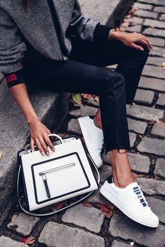 The Fendi Runaway the Fendi Rockoclick Made-To-order sneakers. Ph: @vivaluxury