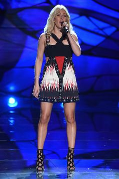 The Looks We Loved From the 2015 Victoria's Secret Fashion Show | Ellie Goulding