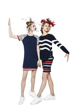 Let yourself by inspired by Desigual with our New Sailor style! Dresses and jumpers as clothes of this Spring; flowers and stripes as prints of this season and red, blue and white as colors of this freshness months! Discover Desigual Women's Spring Collection on our website!