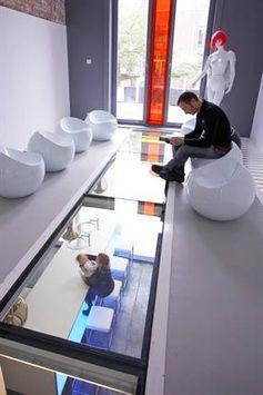 A renovation by Kevin Van Volcem in Bruges. He created a floor of glass.. © Kevin Van Volcem