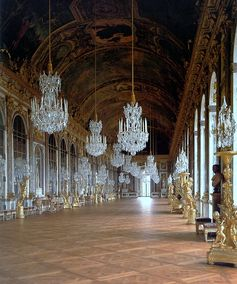 Hall of Mirrors, Palace of  Versailles, Paris