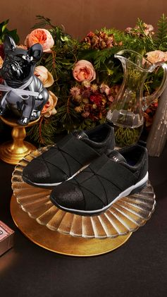 Step up to the plate this Christmas and give her what she really wants. Shop Ted Baker's gifts.