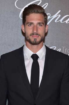 Kevin Trapp makes a sartorial appearance in Cannes, wearing BOSS tailoring