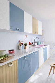 Cuisine ouverte douce et colorée au design nordique.  #cuisine #ideedeco #cuisineouverte #tendancescandinave