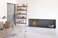 Very minimalistic fireplace on gaz. © Tulp