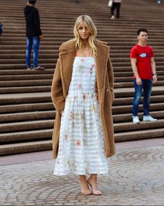 Beautiful Elyse Taylor wearing this oh-so-romantic Fendi dress spotted by The Styleograph