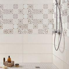 Faïence mur mix blanc-gris, décor tadelak l.25 x L.75 cm #leroymerlin #carrelage #carreaudeciment #salledebain #salledebains #bathroom #ideedeco #madecoamoi