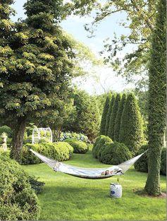 charlotte moss' garden via cote de texas.
