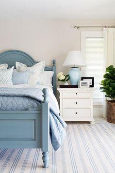 Modern Coastal Bedroom Decorating Ideas