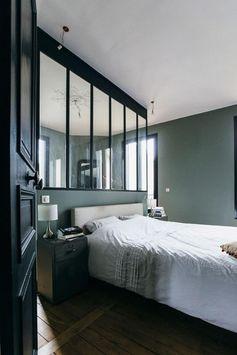 verrière intérieure, fenêtre vitrée d'intérieur, délimitation pour la suite parentale