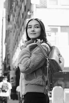 Be inspired by Tod's iconic Italian lifestyle, follow the tale of #CiaoByTods.  Talent: Fei Fei SUn #Tods  #ItalianStyle #MadeInItaly