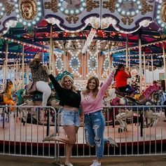 Summer is made for good friends and great adventures 🎡🍭 @aliciamphoto  ____________________________________________________ Swipe to see more of our crazy adventure captured by the beautiful @brittbarzeelephoto  ______________________________________________________ #besties#bossbabes#workwife#adventures#summertime