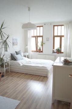 Wunderschönes und helles Schlafzimmer in einer 2-Zimmer-Wohnung #Leipzig