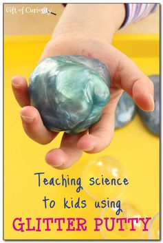 See how you can use glitter putty as an opportunity for young children to practice scientific observation, thinking, and experimenting. #handsonscience #scienceforkids #homemadeplaydough