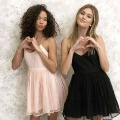 Stealing hearts this v-day 💗👭 (Shop link in bio) Tag your BFF!
