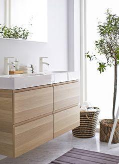 Meuble-lavabo GODMORGON dans une salle de bains.