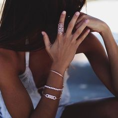 Get inspired by Nina Urgell and create your very own Fashionably Silver arm party (July 2016).