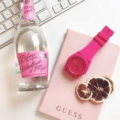 Who loves pink?💕 #colourinspiration #pink #shockingpink #summerpink #inspirational #guesswatch #instafashion #fashiongram #LoveGUESS
