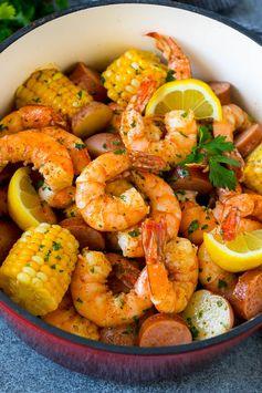 Shrimp Boil Recipe   Boiled Shrimp   Low Country Boil #shrimp #sausage #corn #potatoes #seafood #dinner #dinneratthezoo