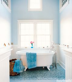 Read for bathroom decorating ideas on a budget!