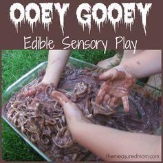 Edible sensory play: Ooey gooey worms! - from themeasuredmom.com