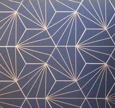 Bathroom Design Ideas – A Blue Starburst Tile Demands Attention