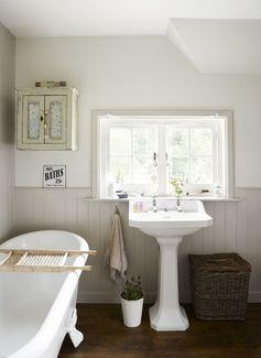 8 Classy Country Bathroom Ideas - Houspire
