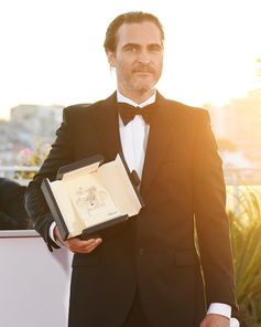 Congrats to Joaquin Phoenix on winning Best Actor at the #Cannes2017 film festival. Wearing a custom #StellaMenswear tuxedo.
