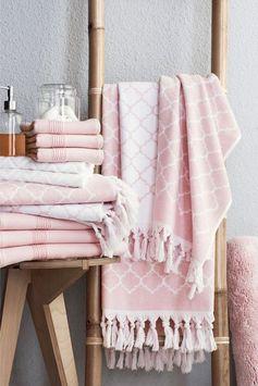 La salle de bains voit la vie en rose