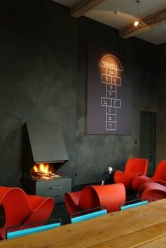 A fireplace in the conference room, would'nt that be great? © Stûv